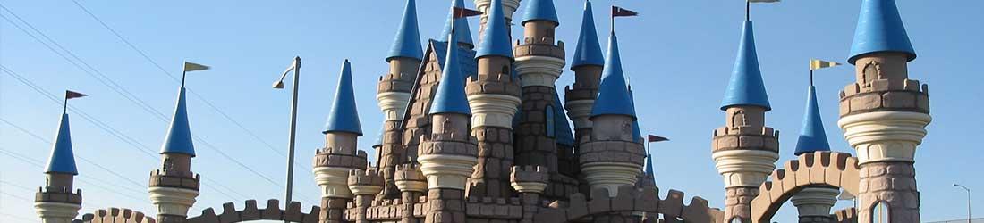 mini golf castle